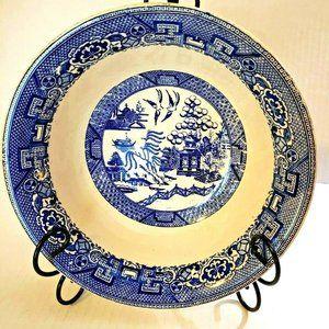 "Blue Willow Homer Laughlin 9-1/2"" serving bowl"